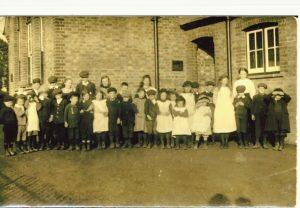 School Pupils 100 years ago
