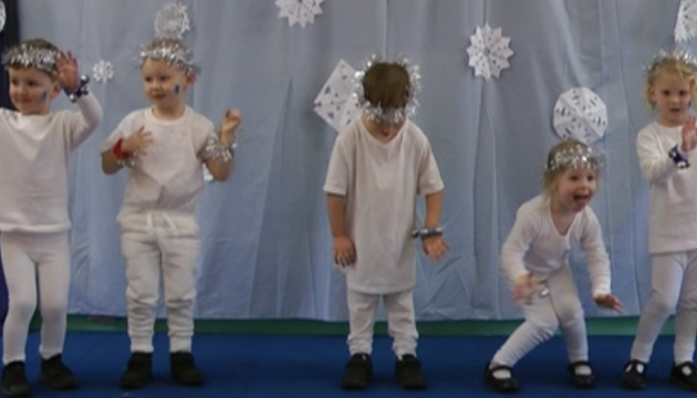 Early years class winter production