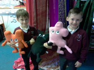 infants pupils receiving jigsaw awards
