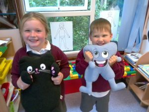 Early years pupils receiving jigsaw awards